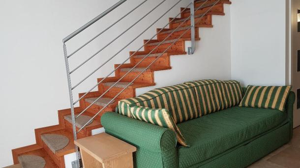 256 divano scala